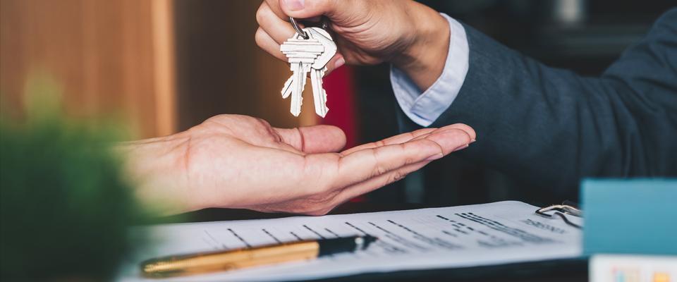 Gregory Home - przekazywanie kluczy